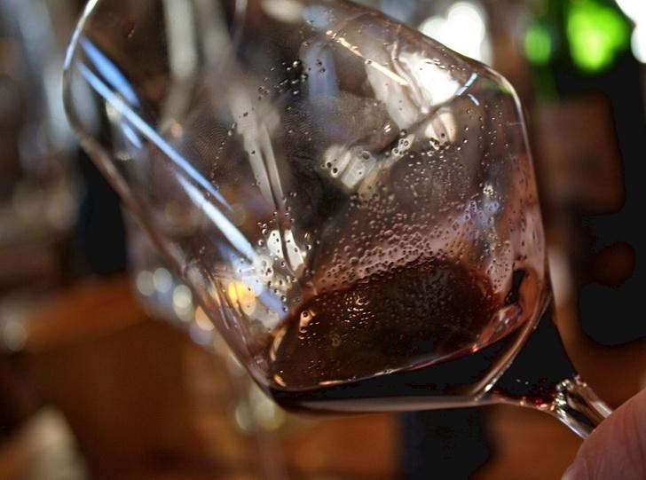 Sediment_in_wine